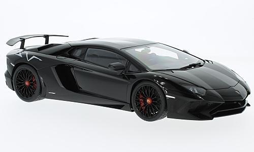 Lamborghini Aventador LP750-4 SV Black 2015 Model Car AutoArt 118