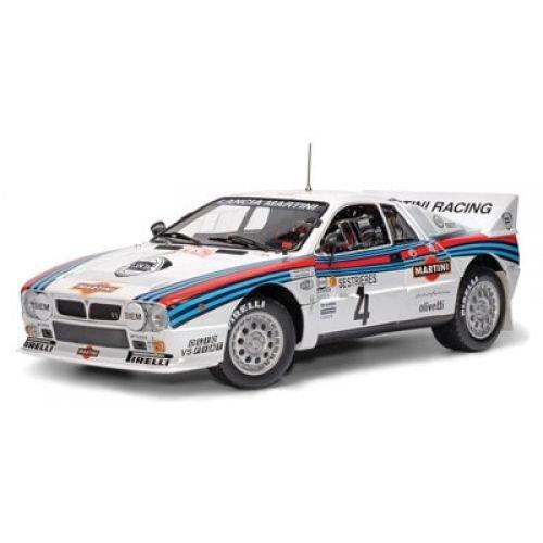 Kyosho Diecast Lancia 037 Rally 4 Monte Carlo 1985 Martini Racing Henri Pauli Toivonen 118 Scale