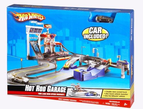 Hot Wheels Deluxe City Hot Rod Garage Playset