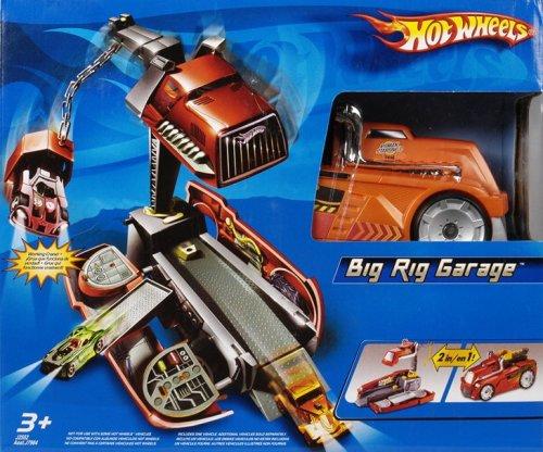 Hot Wheels Big Rig Garage Playset