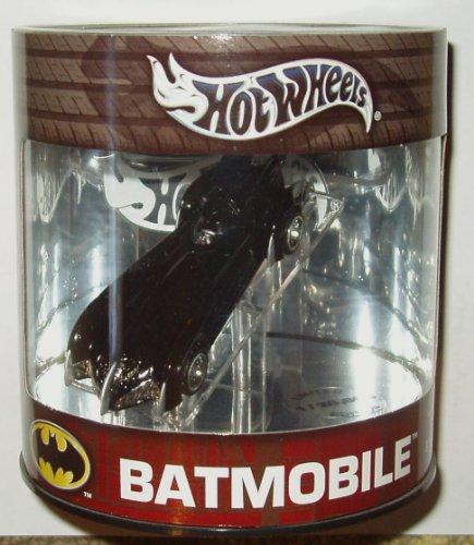 Hot Wheels Limited BATMOBILE Diecast 164 Batman Robin