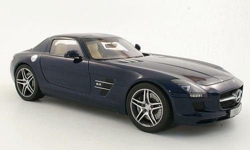 Mercedes SLS AMG C197 metallic-dark blue Model Car Ready-made Premium ClassiXXs 112