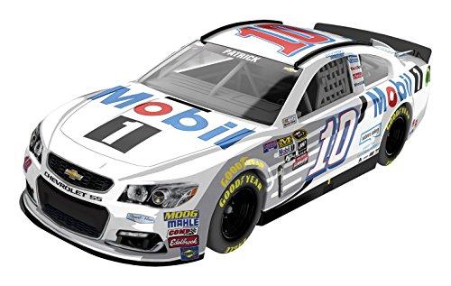 Lionel Racing Danica Patrick 10 Mobil 1 2016 Chevrolet SS NASCAR Diecast Car 164 Scale