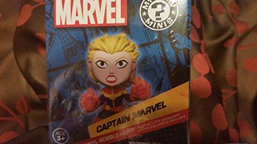 Marvel Mystery Minis Captain Marvel Exclusive Vinyl Bobble-Head Figure