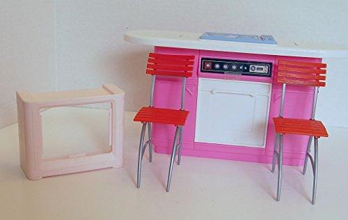 Lot of Miscellaneous Kitchen Barbie Size Dollhouse Furniture