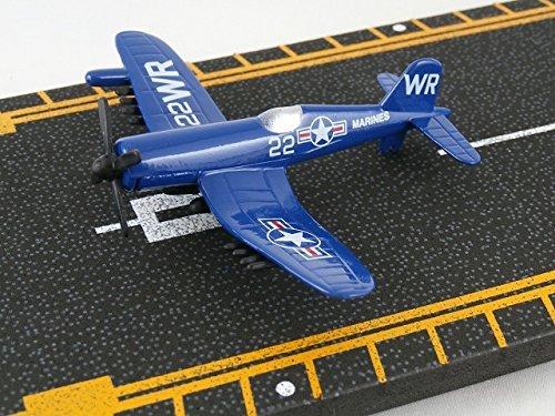 Hot Wings Hot Wings F4U Corsair runway with airplane die-cast