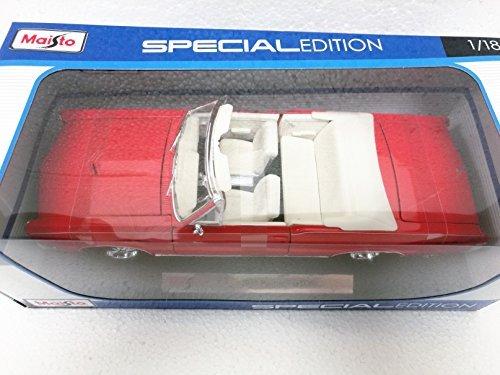 Maisto Red 1965 Pontiac GTO Covertible - 118 Diecast Model Car Black Special Edition