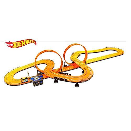 Kidz Tech Hot Wheels 30 ft Electric Slot Track Set