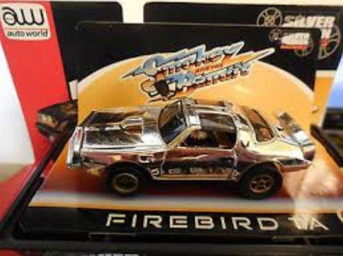Auto World 274 Firebird TA Smokey and the Bandit Chrome 4 Gear HO Slot Car