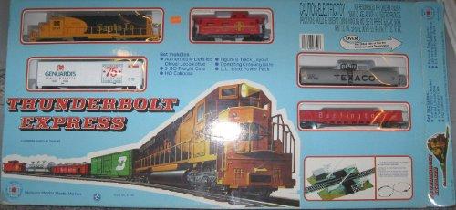 IHC HO - Thunderbolt Express Figure 8 Layout Train Set