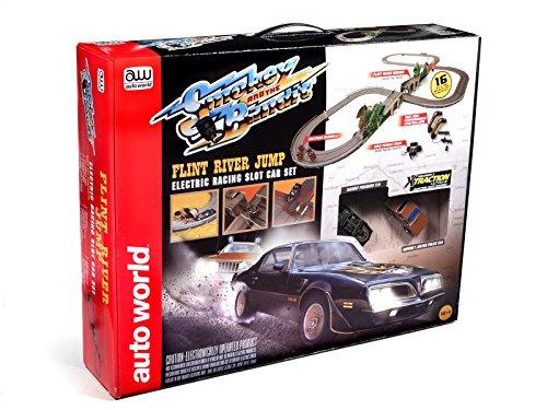 Auto World 16 Smokey and The Bandit Slot Car Race Set