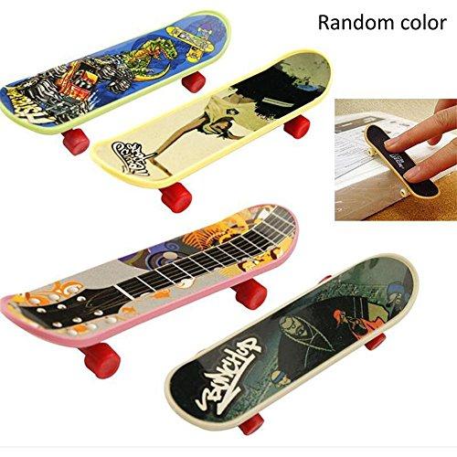 WAKA WAKA Mini Finger Skateboard Childrens Finger Skateboard Toy Kids Toys Random Color
