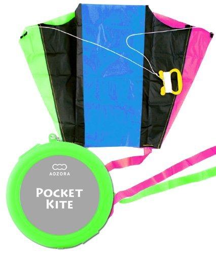 Pocket kite  POCKET KITE case color housed in a green pocket size No Mobile can bone kite Blue sky  AOZORA