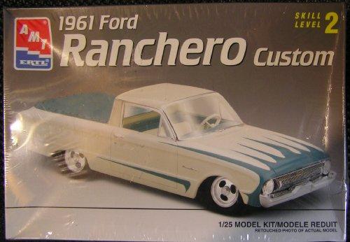 1961 Ford Ranchero Custom Skill Level 2 Plastic 125 Scale Model Kit
