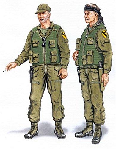 Plus Model 148 Crew UH-1 Resin Figure Model Kit AL4048