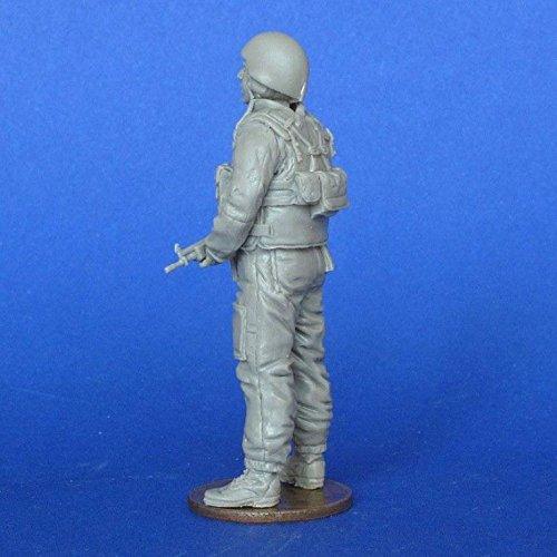 MasterClub 135 Modern Israeli Tank Crewman 2 Resin Figure Kit MCF35203