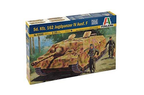 Italeri Models SDKFZ162 Jagdpanzer IV AUSFF Kit