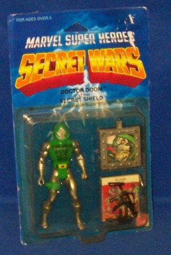 Marvel Super Heroes Secret Wars Doctor Doom Action Figure
