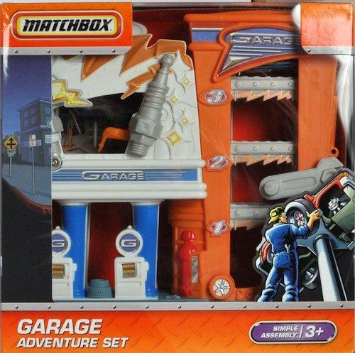 Matchbox City Adventure Garage Playset by Matchbox Yesteryear
