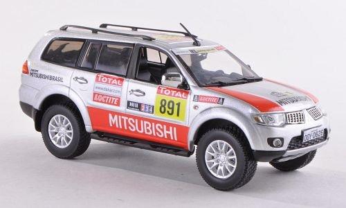 Mitsubishi Pajero sport No891 team service Car Rallye Dakar 2012 Model Car Ready-made Vitesse 143