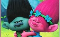 Dreamworks-Trolls-Lets-Hug-Jumbo-Coloring-and-Activity-Book-30.jpg